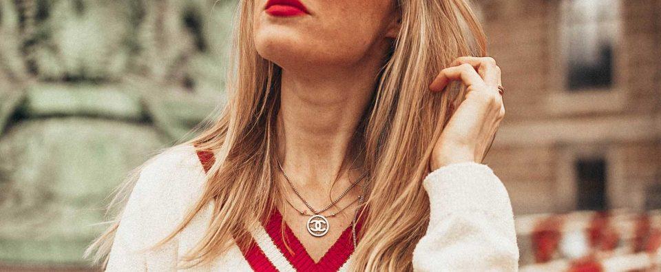 chanel, kette, chanel kette, strick, detail, minikragen, schleife, kragen, filigriner schmuck, schmuck, halskette, jewelry