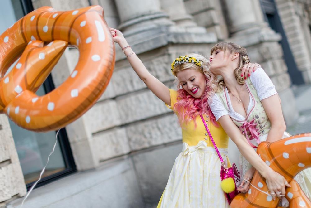Oktoberfest, blogwalk, dirndl, flechtfrisuren, palina pralina