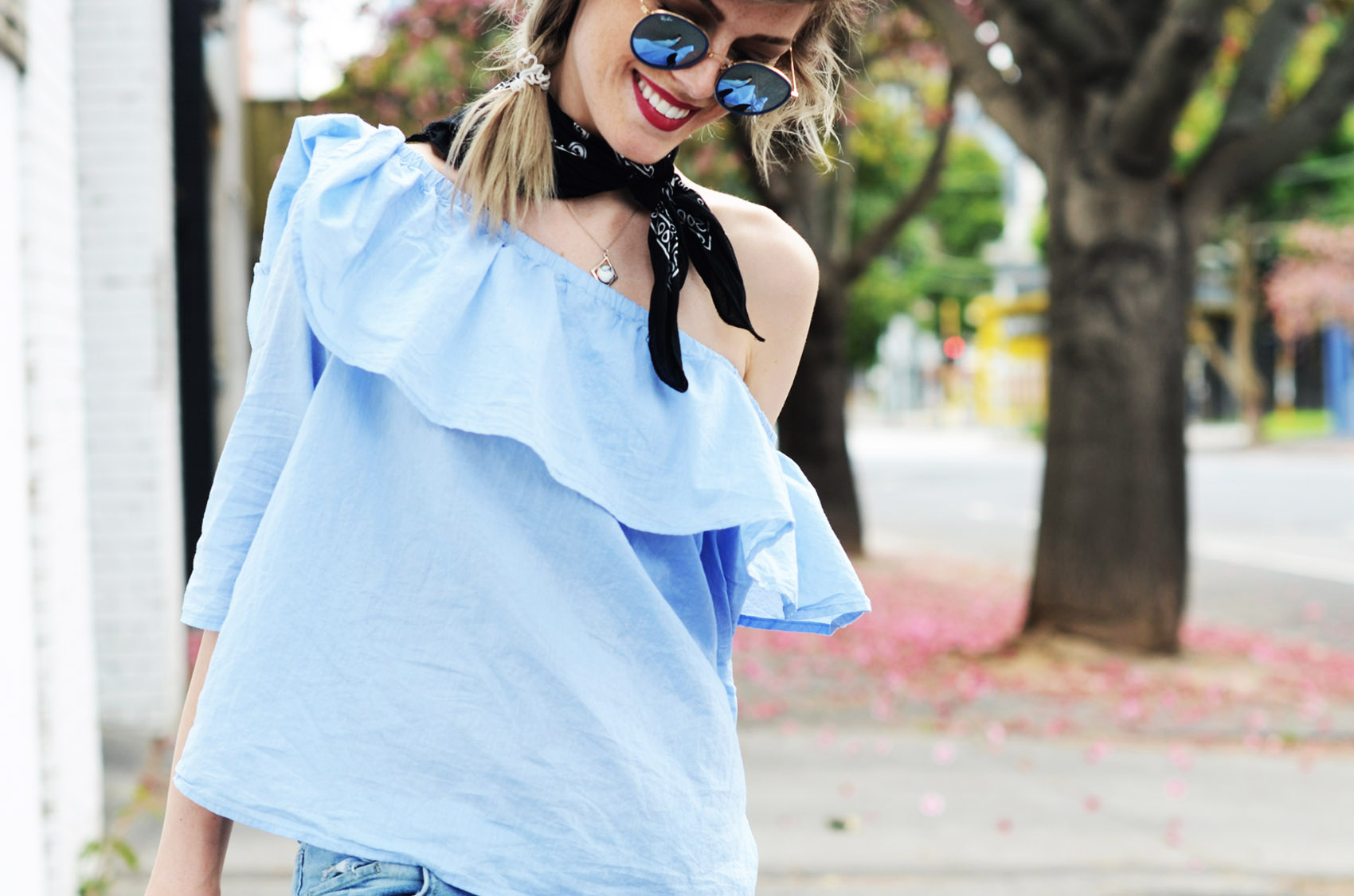 off-shoulder-shirt-melbourne-06