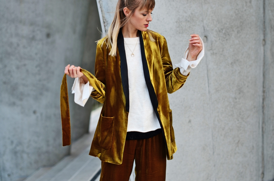 yellow blazer, velvet, pants, white shirt