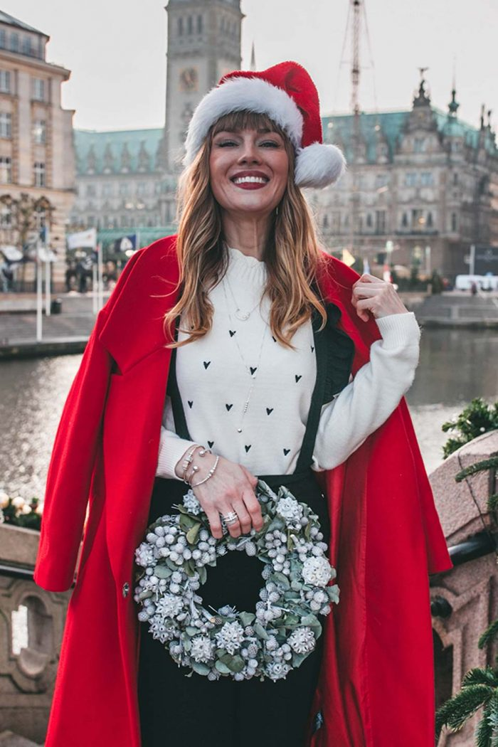 adventskalender, weihnachten, weihnachtsmütze, roter mantel , mantel, schmuck