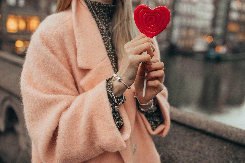 pandora, mantel, valentinstag, kleid, geschenkideen, geschenke, 14. februar
