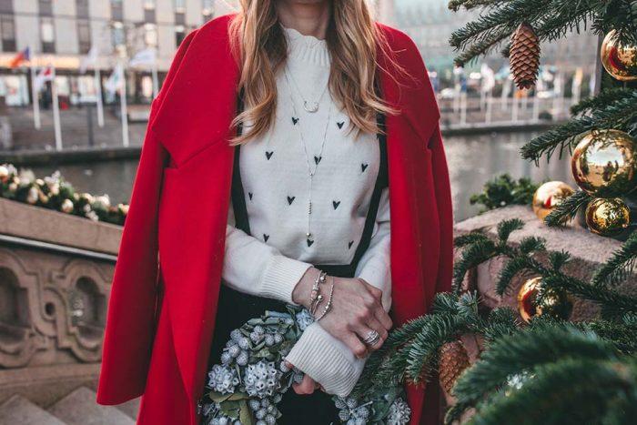 adventskalender, weihnachten, weihnachtsmütze, roter mantel , mantel, schmuck, adventskranz
