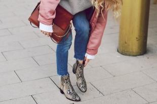 animalprint, schlangenprint, jeans, bomberjacke, chloe, handtasche, veloursleder